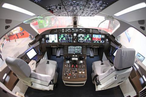 国产大飞机C919首飞