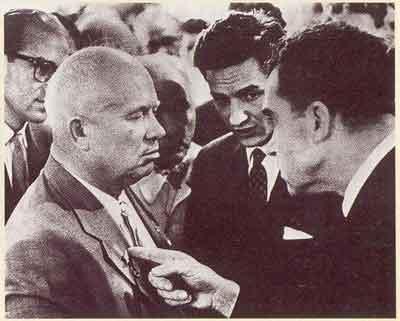 """尼克松与赫鲁晓展开""""厨房辩论"""""""