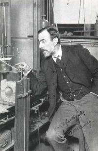 英国化学家威廉·拉姆齐爵士逝世
